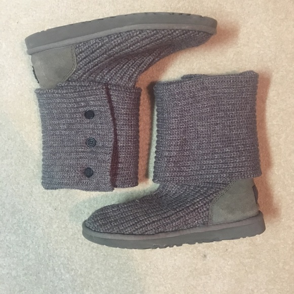 be220189ba2 Grey Sweater Ugg Boots